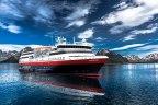 Kryss hav med Hurtigruten