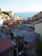 Vi hoppet av toget i Riomaggiore - og hva åpenbarte seg?! En nydelig perle av en ferieoase!