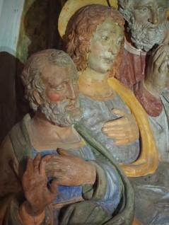 Close-up av terrakottafigurer i et av kapellenle